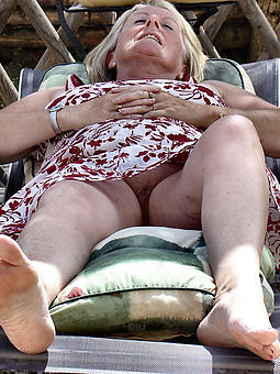out-and-out mature mistress feet porn pics