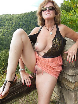 ideal mature nearly glasses nude
