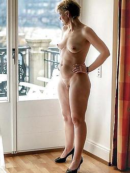 Nakedmatureladies Strip: 38,806
