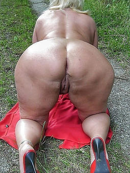 mature takings xxx tease