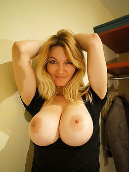 ideal bosomy mom porn