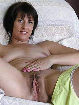 nude milfs and moms josh