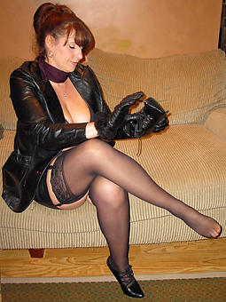 amature hot ladies in stockings