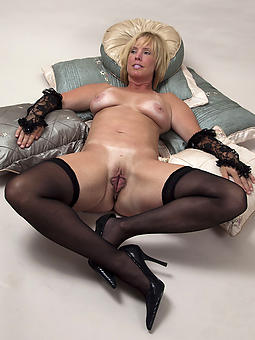 mature in stocking xxx pics