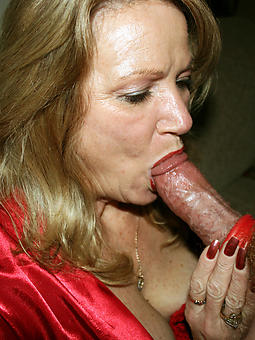 hotties mom distinguished blowjob pics