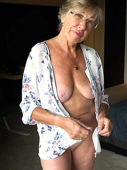hot old moms tiro unorthodox pics