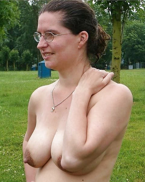 matures around glasses porn pic